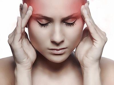 Болит голова перед месячными и во время них, мигрень во время месячных (менструальная мигрень)