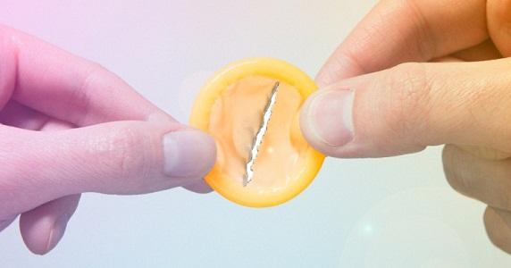 Рваный презерватив не защищает от венерических болезней