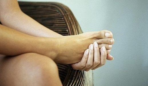 Болят ноги при менструальных кровотечениях