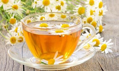 Чай из ромашки при задержке месячных