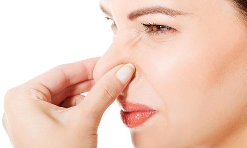 Выделения с неприятным запахом перед месячными