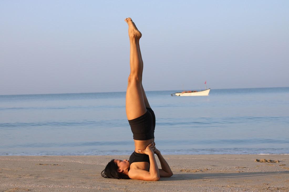 Сарвангасана запрещенная поза в йоге при менструациях