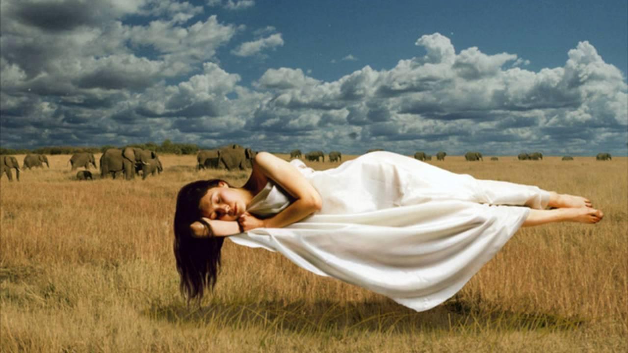 К чему снятся месячные во сне