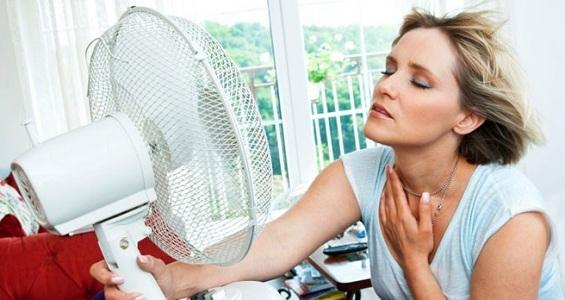 Приливы при нарушении работы щитовидной железы